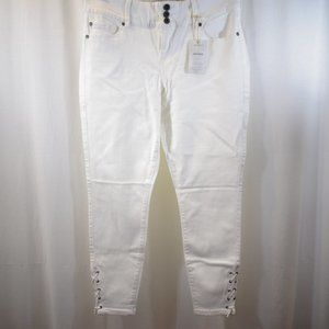 TORRID White Jeans Jeggings NEW Size 14R Side Lace